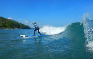 Nayaka-Surf-School-Lombok-7
